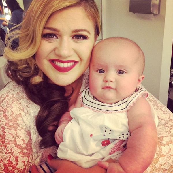 rs_600x600-141006112804-600.kelly-clarkson-baby-river-100614