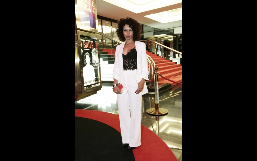 vip-pt-18636-noticia-festa-da-tvi-elegancia-do-branco-e-dos-nudes-na-red-carpet_8
